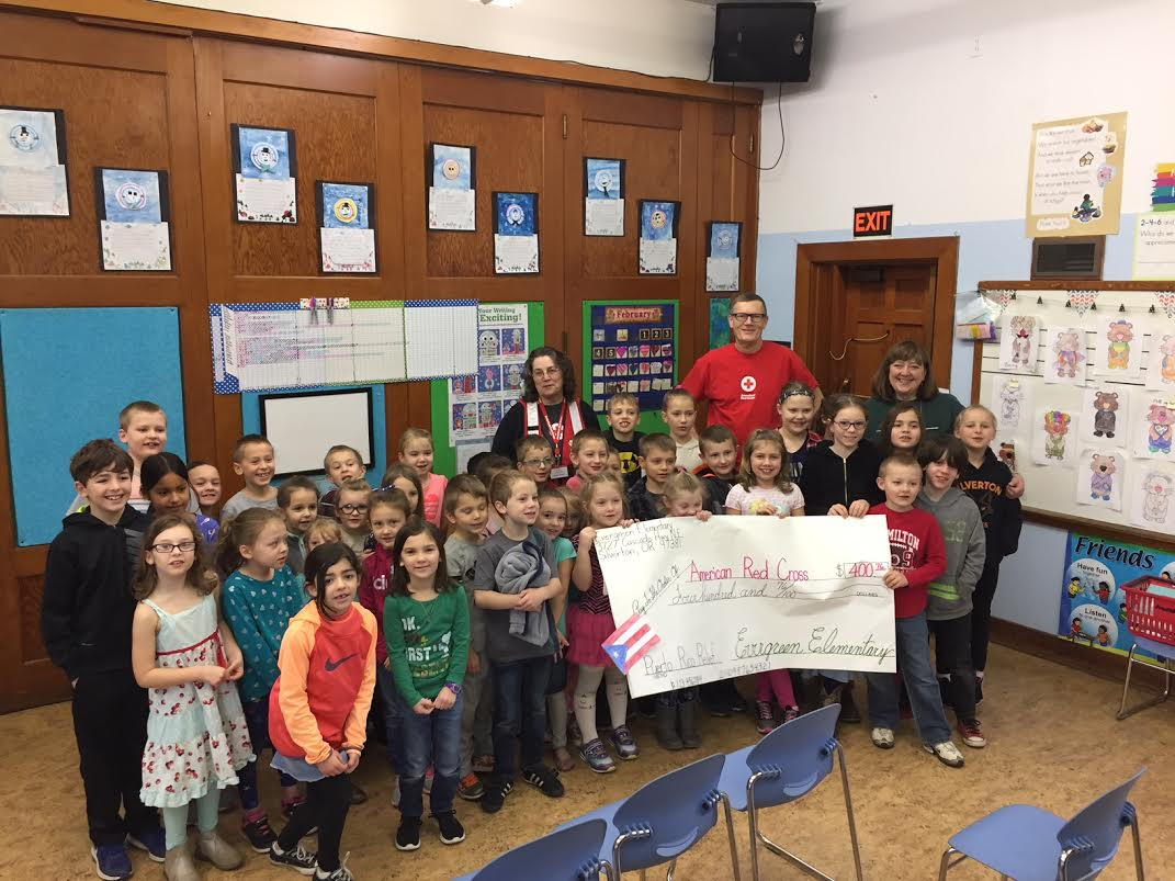Evergreen students donate to the Red Cross