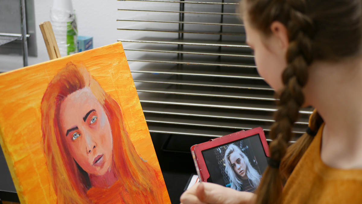 SMS Art Student at Lunch and Learn